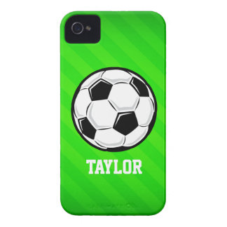 Balón de fútbol; Rayas verdes de neón iPhone 4 Protector