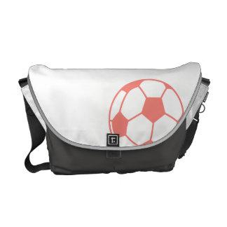 Balón de fútbol rosado coralino bolsas messenger
