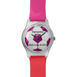 Balón de fútbol rosado femenino del camuflaje reloj de mano