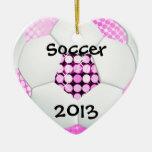 Balón de fútbol rosado y negro del disco ornamente de reyes