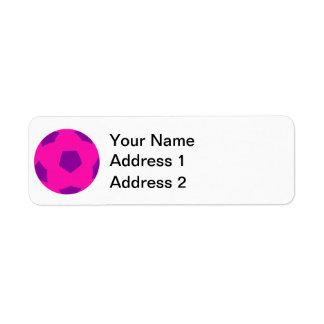 Balón de fútbol rosado y púrpura etiqueta de remite