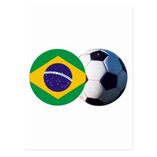 Balón de fútbol y bandera del Brasil el MUSEO Postal