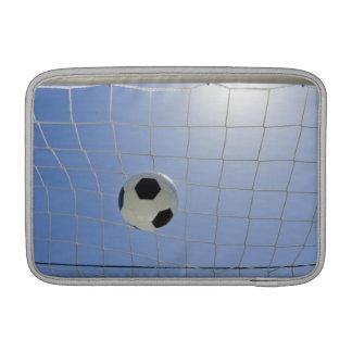 Balón de fútbol y meta 2 fundas para macbook air