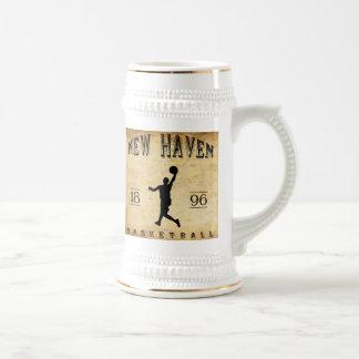 Baloncesto 1896 de New Haven Connecticut Jarra De Cerveza
