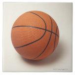 Baloncesto anaranjado, primer teja cerámica