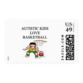 baloncesto autístico del amor de los niños franqueo
