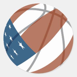 baloncesto de las barras y estrellas de los pegatina redonda