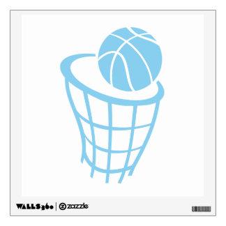 Baloncesto de los azules cielos
