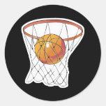 baloncesto en aro etiqueta redonda