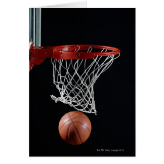 Baloncesto en aro tarjeta de felicitación