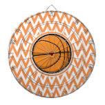 Baloncesto en Chevron anaranjado y blanco Tablero De Dardos