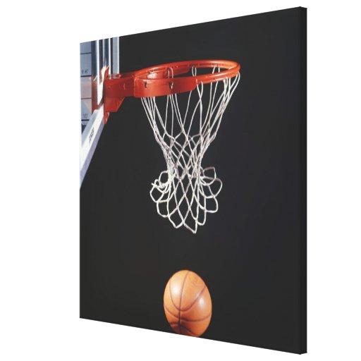 Baloncesto en el aro, primer 2 impresiones en lona estiradas