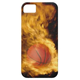 Baloncesto en el fuego (compuesto digital) funda para iPhone SE/5/5s