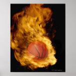 Baloncesto en el fuego (compuesto digital) posters