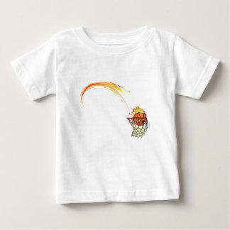 Baloncesto en el fuego t-shirt