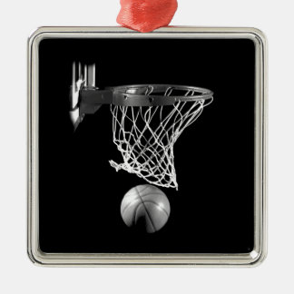 Baloncesto negro y blanco adorno navideño cuadrado de metal