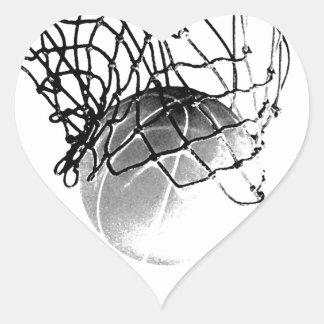 Baloncesto negro y blanco calcomania de corazon