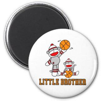 Baloncesto pequeño Brother de Sockmonkey Imán Redondo 5 Cm