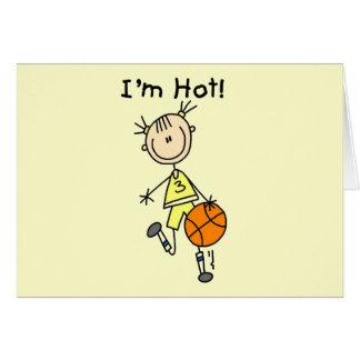 Baloncesto soy camisetas y regalos calientes tarjeta de felicitación