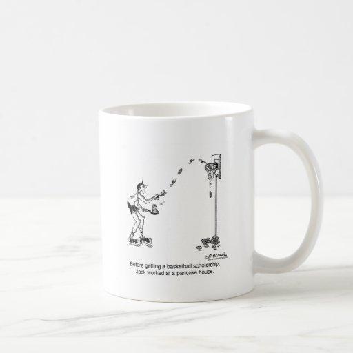 Baloncesto y crepes taza de café