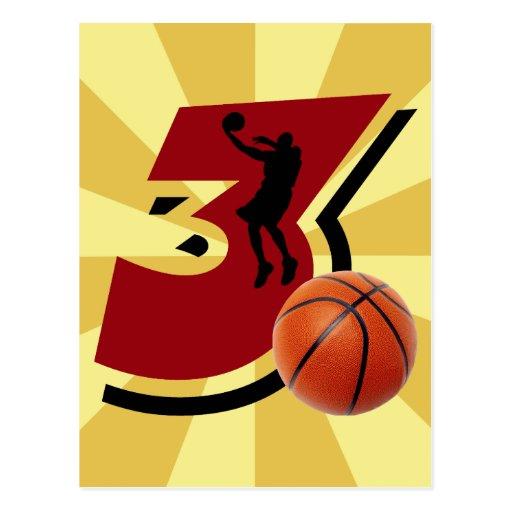 Baloncesto y jugador del número 3 tarjeta postal