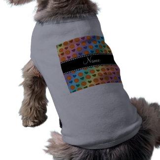 Baloncestos y corazones conocidos de encargo del a ropa perro