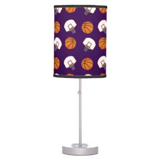 Baloncestos y modelo púrpuras de las redes lámpara de mesa