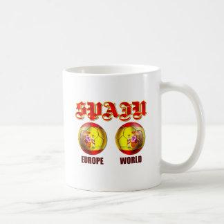 Balones de fútbol españoles de la bandera del taza de café