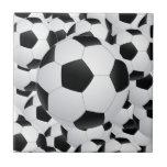 balones de fútbol tejas