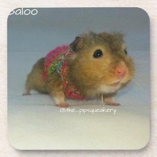 Baloo está oscilando ese suéter posavasos de bebidas