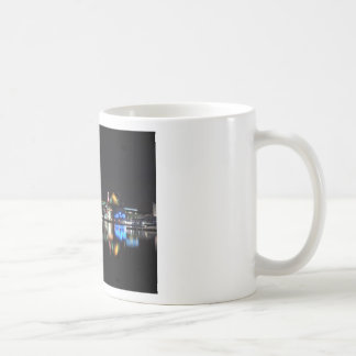 Baltimore céntrica en la noche tazas de café