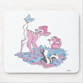 Bambi, golpeador, y flor con la mariposa tapete de raton