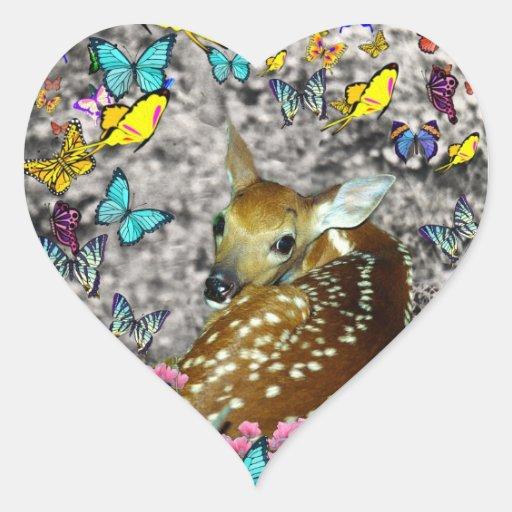 Bambina el cervatillo Blanco-Atado en mariposas Pegatina En Forma De Corazón