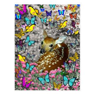 Bambina el cervatillo Blanco-Atado en mariposas Tarjetas Postales