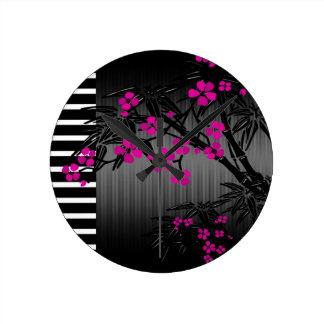 Bambú rosado elegante del asiático del negro del f reloj redondo mediano
