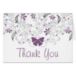 Banal púrpura de la mariposa le agradece cardar tarjetas