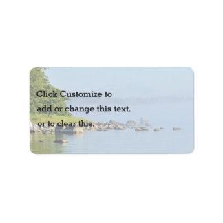 Banco del río etiquetas de dirección