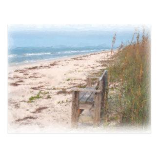 Banco en la pintura de la acuarela de la playa postal