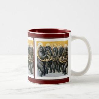 Banda de metales del elefante taza
