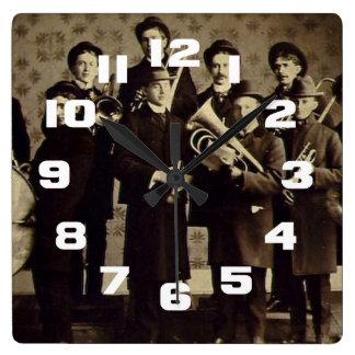 Banda de metales Varsovia Indiana de los muchachos Reloj Cuadrado