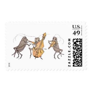 Banda del grillo con el cuerno, el violoncelo y el sellos postales