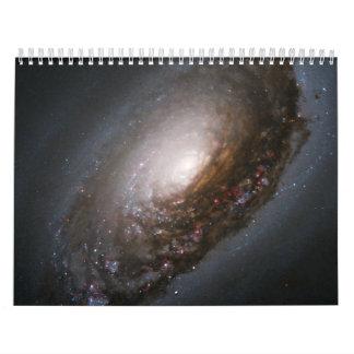 Banda del polvo alrededor del núcleo calendarios
