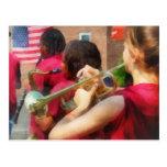 Banda escolar en el desfile postal