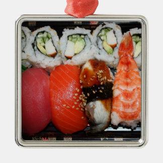 Bandeja del sushi adorno de reyes