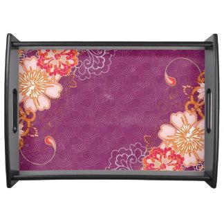 Bandeja floral púrpura de la porción