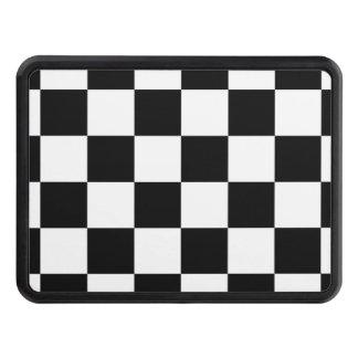 Bandera a cuadros del tablero de damas blanco y tapas de tráiler
