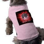 Bandera a cuadros; rojo ropa de perros