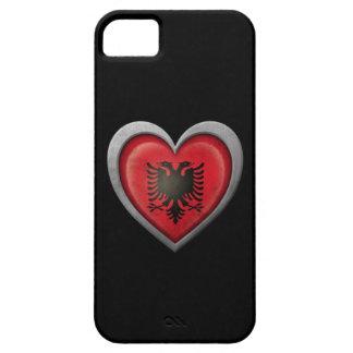 Bandera albanesa del corazón con efecto del metal iPhone 5 coberturas
