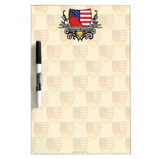 Bandera Alemán-Americana del escudo Tableros Blancos