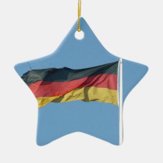 Bandera alemana adorno navideño de cerámica en forma de estrella